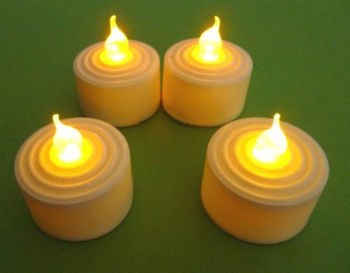 Kopie -   Elektronická svíčka se žlutým plápolavým světlem - 4 ks