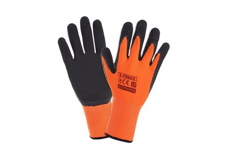 Fomerpracovní rukavice polomáčené v PVC