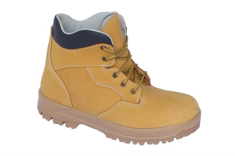 Farmářka TREK kotníková pracovní obuv