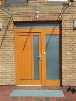 Vchodové dveře s fixním bočním dílem
