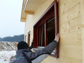 Usazení okna do stavebního otvoru