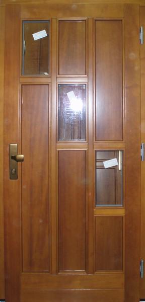 Vchodové dveře 15-10