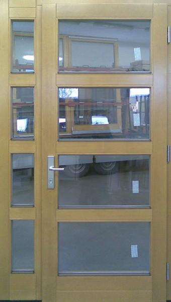 Vchodové dveře 26-10