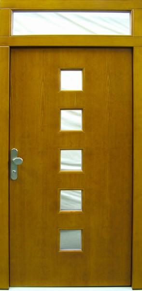 Hladké dveře s vyříznutými okénky
