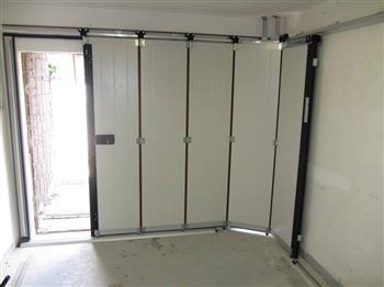 garážová vrata odsuvná do boku